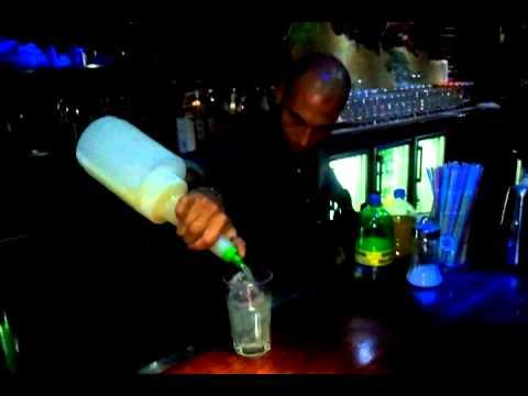 Crazy Bartender Skills @ Boulevard Street Calella - Youtube