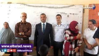 'من أجل مصر' توزع أدوات مدرسية على طلاب الفيوم.. فيديو وصور