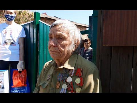 Победы маленький оркестр: поздравление ветеранов в Рубцовске