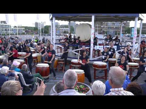 Yamato Taiko drumming School, Kijkduin 19 Aug 2017 - Tsunagu 1