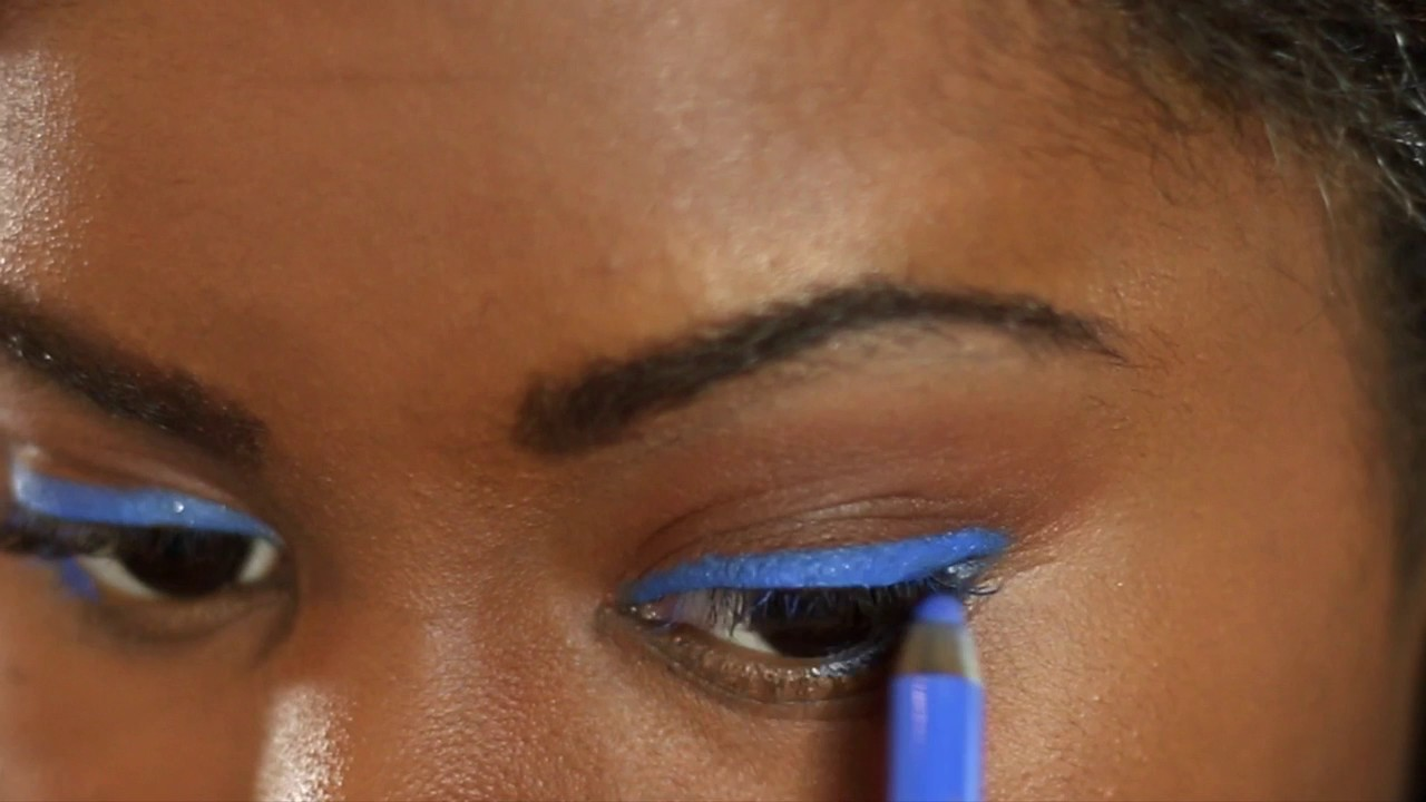 How to blue wear eye pencil pictures