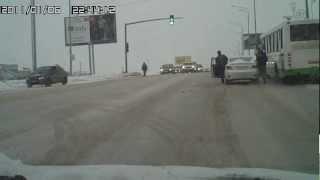 Сбили дурочку в Юбилейном, Саратов, 18.01.2013