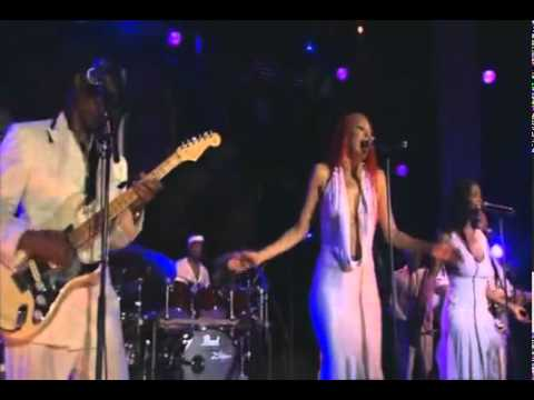 Nile Rodgers CHIC Live at Montreux 2004 -At last I am free -.flv