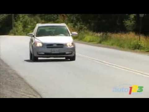 2007 Hyundai Accent hatchback video by Auto123.com