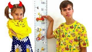 Nastya y Artem están jugando la historia de la pequeña Mia
