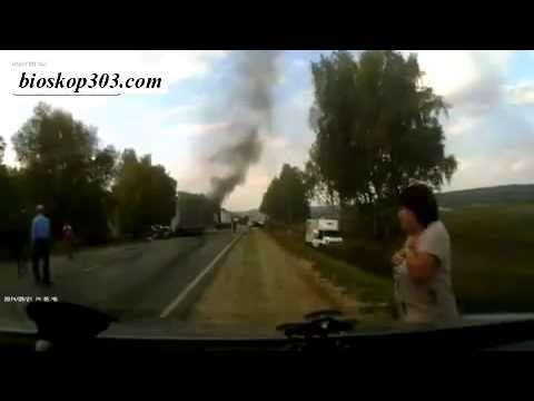 "Accident Footage Of The ""Burned Alive. Death Cries"" Tante Girang ""agen Bola"