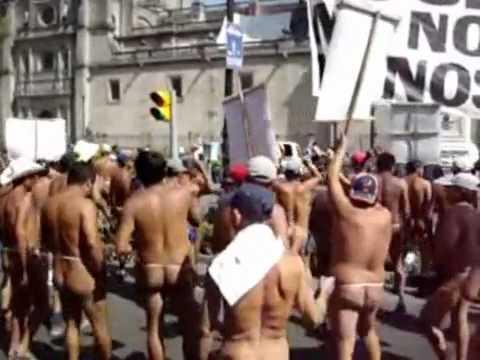 Desnudos en las calles de mexico - 3 3