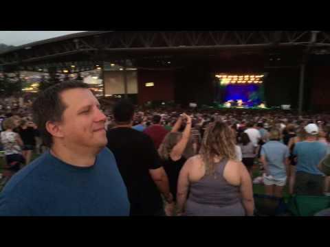 White River Amphitheater - Green Day Concert - Boulevard of Broken Dreams