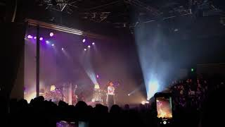 The Internet - It Gets Better (With Time) Live in Santa Ana