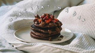 WHAT I EAT IN A DAY (Vegan + Gluten Free) | Chocolate Pancakes Recipe