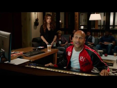 Pitch Perfect 2 Snoop Dogg singing scene