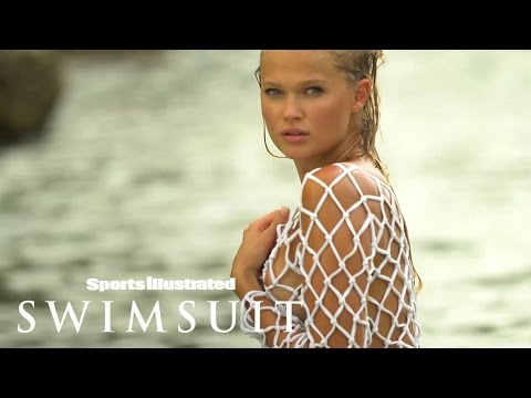 Vita Sidorkina Makes A Splash In Curaçao | Outtakes | Sports Illustrated Swimsuit from YouTube · Duration:  1 minutes 7 seconds