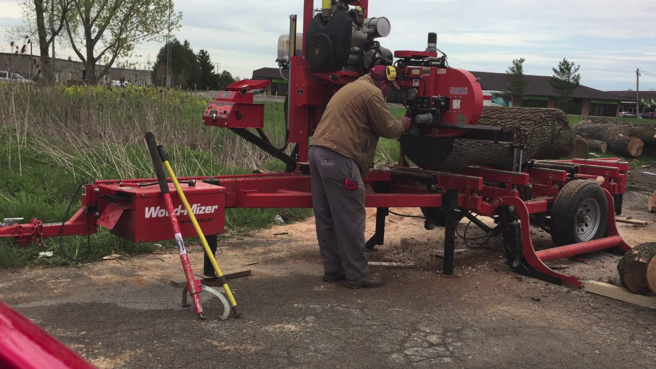 Milling Maple Slabs with Wood-Mizer LT40 Hydraulic