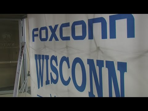 Foxconn comes to NWTC in Green Bay looking for employees