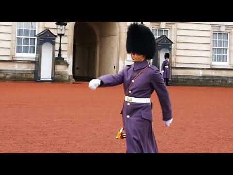 Changing the Guard at Buckingham Palace 1