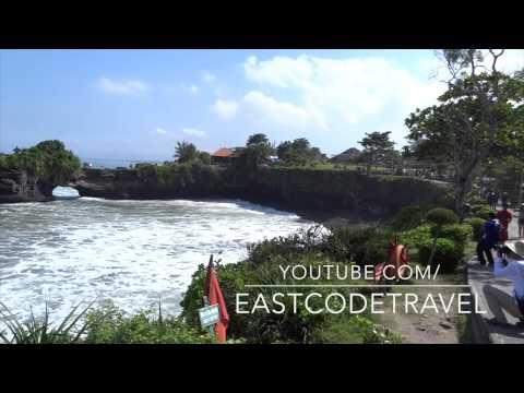 pura Batu Bolong temple  Bali