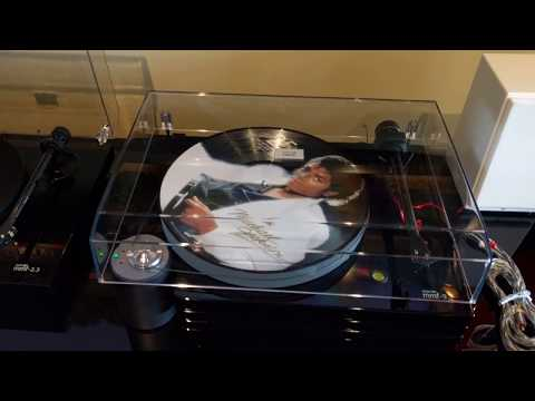 Music Hall MMF-9.3 Turntable Overview
