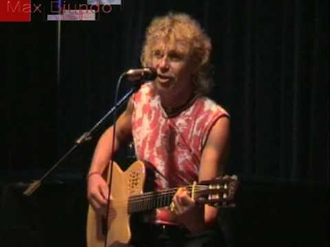 Maria me ta kitrina Griechisches Volkslied, deutscher text: Max Biundo von YouTube · Dauer:  2 Minuten 37 Sekunden