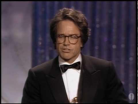 Warren Beatty Wins Best Directing: 1982 Oscars