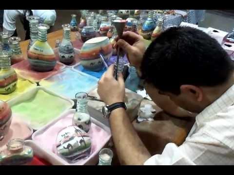 Making of sand art bottles in Dubai