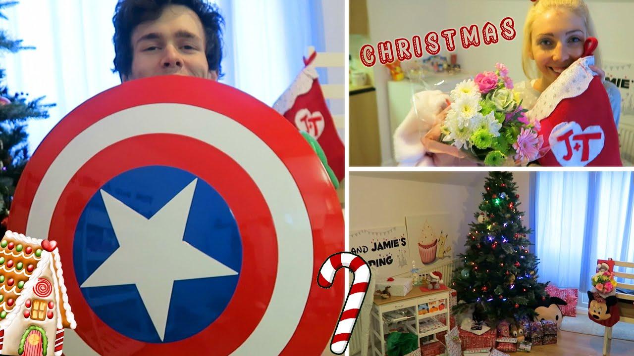 Lukeisnotsexy christmas charades