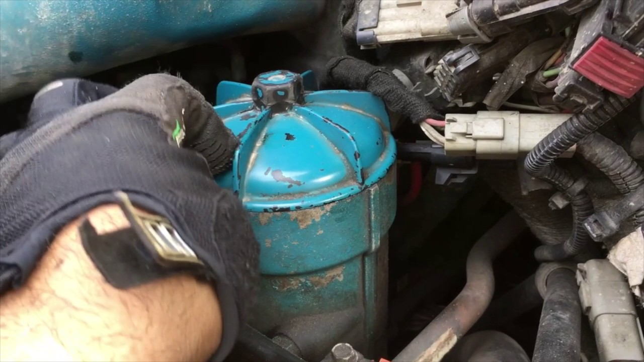 how to change fuel filter on a 2005 international dt466 - youtube  youtube
