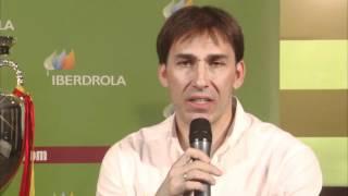 Rafa Martín Vázquez presenta su colaboración con La Energía de la Roja