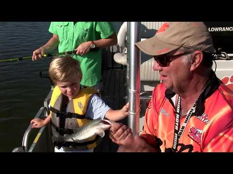 S 35 # 26 Crappie Fishing with 5 year old grandson Daniel and daughter Meredith