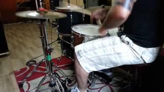 Mudvayne - Dig - Drum Cover. (Felipe drum solo)