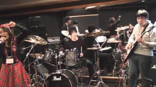 2010年12月09日に開催された水樹 奈々&平野 綾カヴァーセッション「inno...