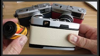 How to load & unload film on an Olympus Trip 35 camera
