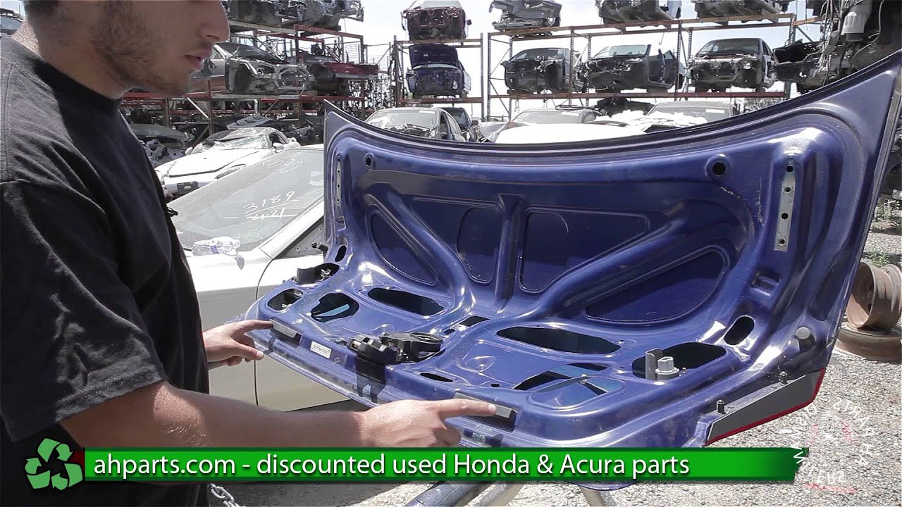 how to replace change a trunk 2001 2002 2003 2004 2005 honda civic replace diy youtube [ 1920 x 1080 Pixel ]