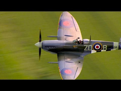 Flying historic WWII Spitfire plane - Red Bull Air Race Ascot 2014