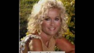Watch Lorrie Morgan Eight Days A Week video