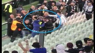 Líder dos Super Dragões ( Macaco Líder) oferece cachecol do FC Porto a adepto da Juventus