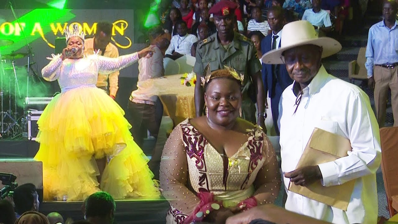 Museveni attends Catherine Kusasira's concert. Hits at Ronald Mayinja