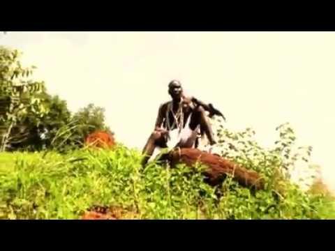Acholi traditional music. City boy-kwany tong
