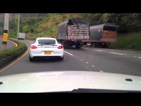 Porsche, Maserati, Bmw y Mercedes Vuelta oriente