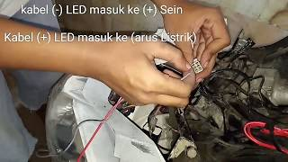 Video Tutorial Membuat Lampu FlipFop Sederhana./Lampu sein berkedip bergantian dengan LED. download MP3, 3GP, MP4, WEBM, AVI, FLV September 2018