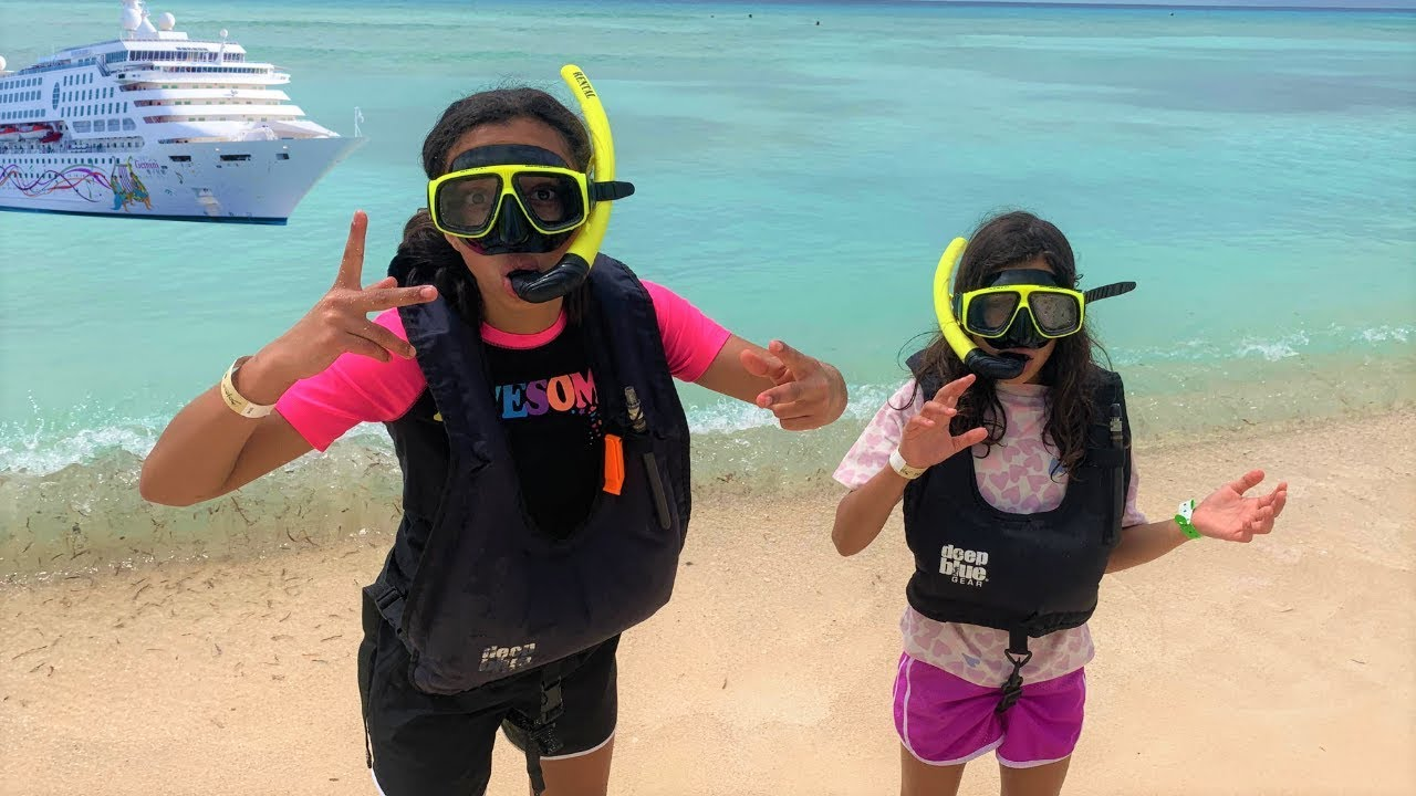 Kids Snorkeling For The First Time Underwater Family Fun -3002