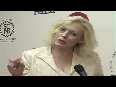 Hollywood Actress Cathy Moriarty shares some Advice for Aspiring Actors