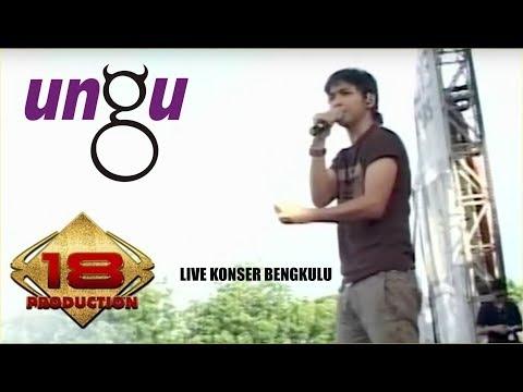 Live Konser !! AWAL KEMUNCULAN BAND UNGU KE PANGGUNG HIBURAN ( Bayang Semu)