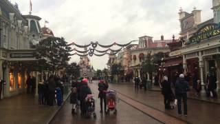 Minute de silence à Disneyland Paris 8 janvier 2015