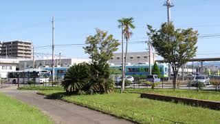 西鉄貝塚線「にゃん電」遠景 (Nishitetsu Kaizuka Line)