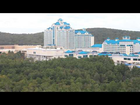 Hotel Room at Foxwoods Resorts & Casino, Mashantucket, Connecticut, USA - Unravel Travel TV