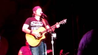 Jerrod Niemann - Mountain Music cover - San Joaquin County Fair (Stockton, CA)