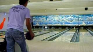 кыргызы в США играют боулинг