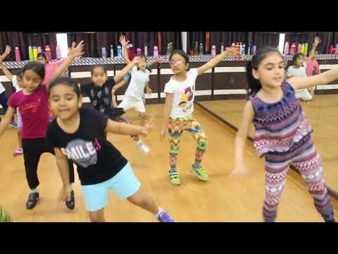 Naach Meri Jaan Kids Dance Performance | Tubelight | Choreography By Step2Step Dance Studio