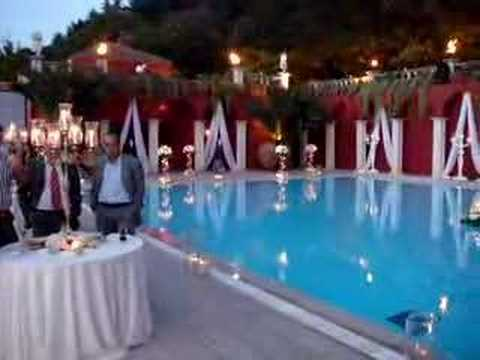 The pool and decoration, just before the ceremony