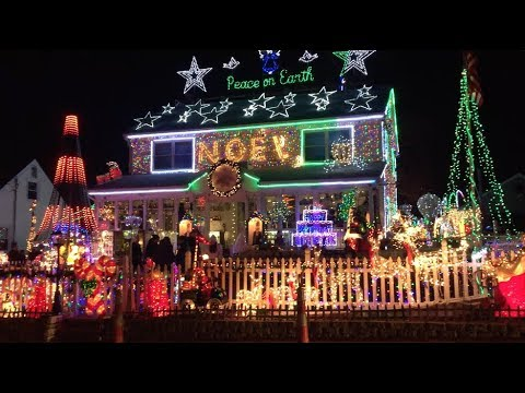 Incredible Christmas Outdoor Decorations At Roseville Street House in Fairfield CT